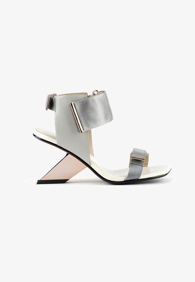 ROCKIT RUN - Sandalen met hoge hak - composite