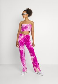 Juicy Couture - TINA TRACK PANTS - Tracksuit bottoms - rosebud/almond blossom - 1