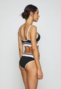 Calvin Klein Underwear - SOCK LIGHTLY LINED DEMI - Top - black - 2