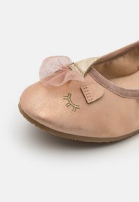 Cotton On - PRIMO FLAT - Ballet pumps - matte rose gold - 5