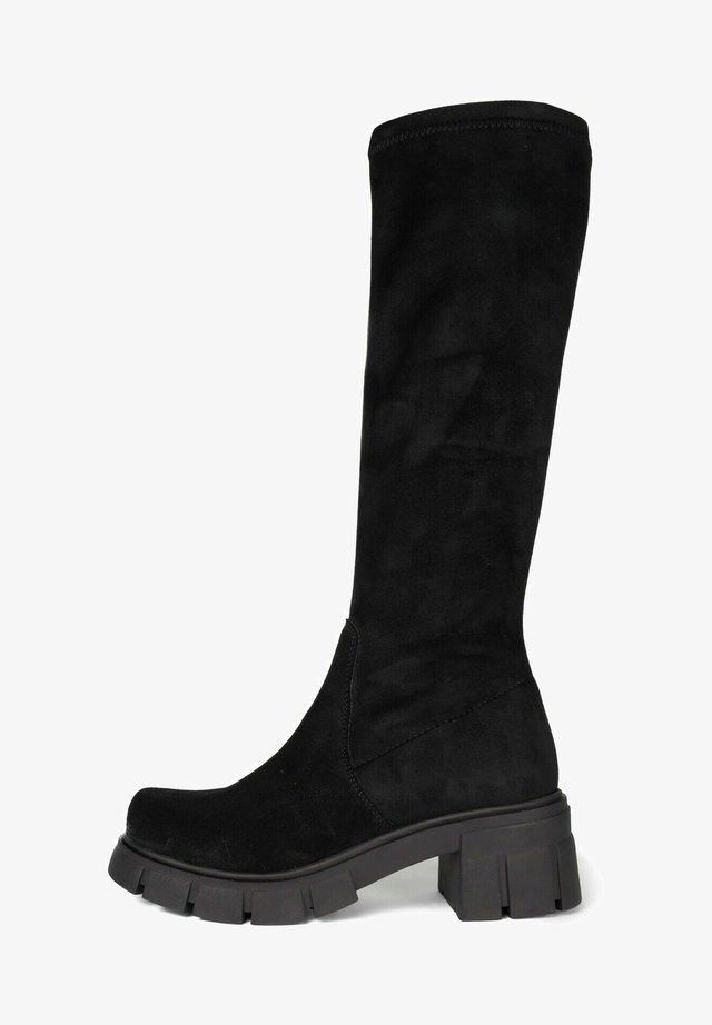 Walking boots - black