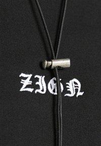 Zign - REDEZIGN - Hoodie - black - 4