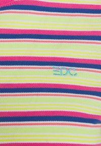 edc by Esprit - MULTI - T-shirt z nadrukiem - pink fuchsia - 2