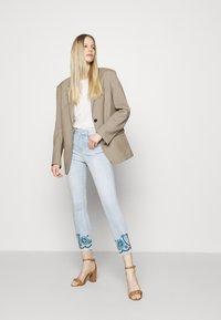 Desigual - DENIM_ANKLE PAISL - Jeans Skinny Fit - blue - 1