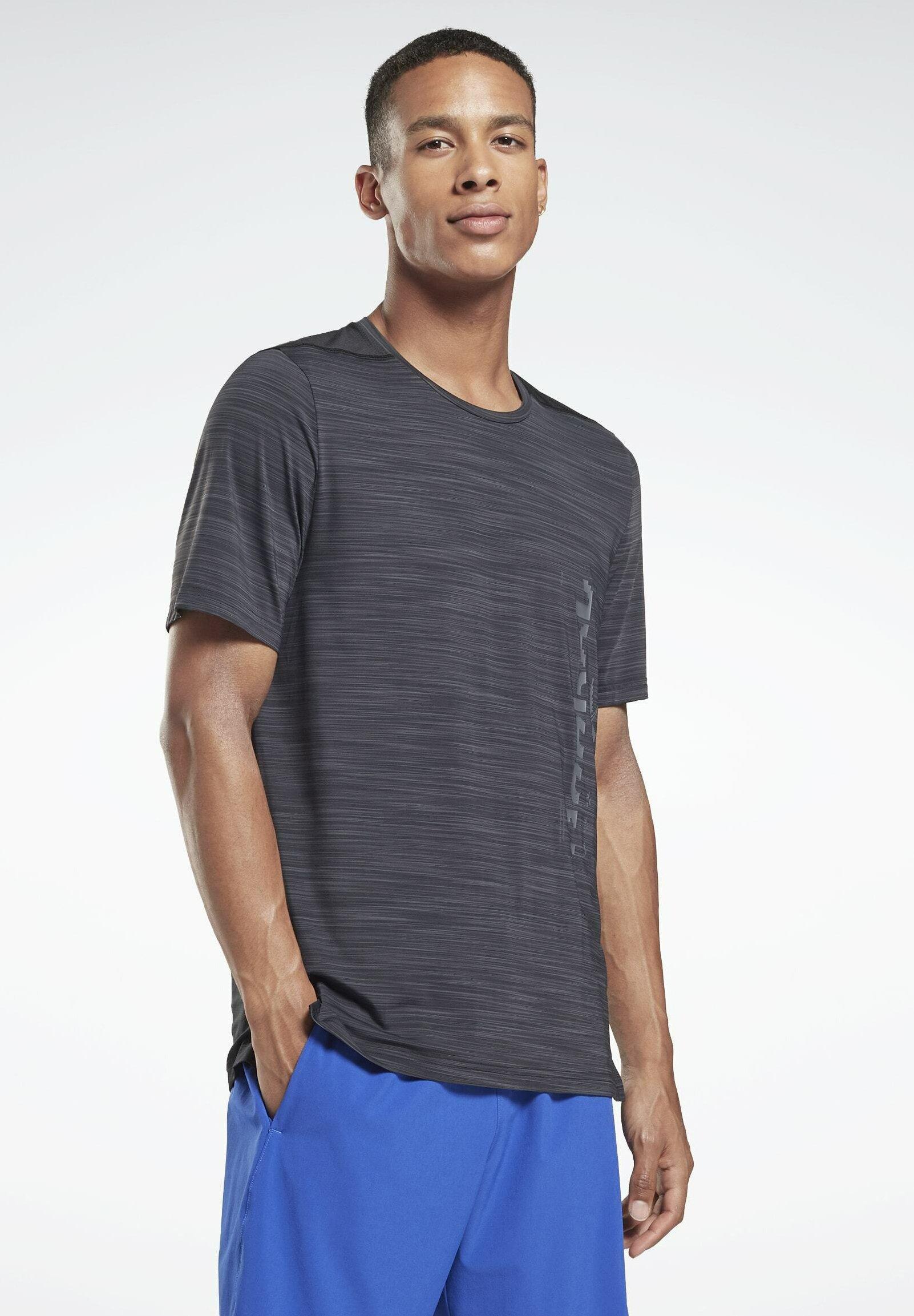 Men GRAPHIC - Print T-shirt