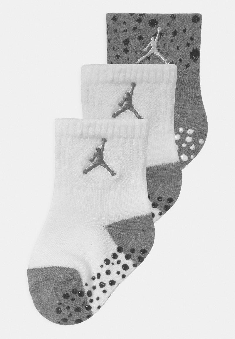 Jordan - CEMENT GRIP 3 PACK UNISEX - Sports socks - carbon heather