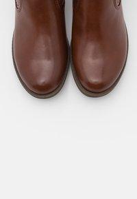 Tamaris - BOOTS - Botki - chestnut - 5