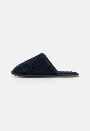 VMIZA SLIPPERS - Domácí obuv - navy blazer