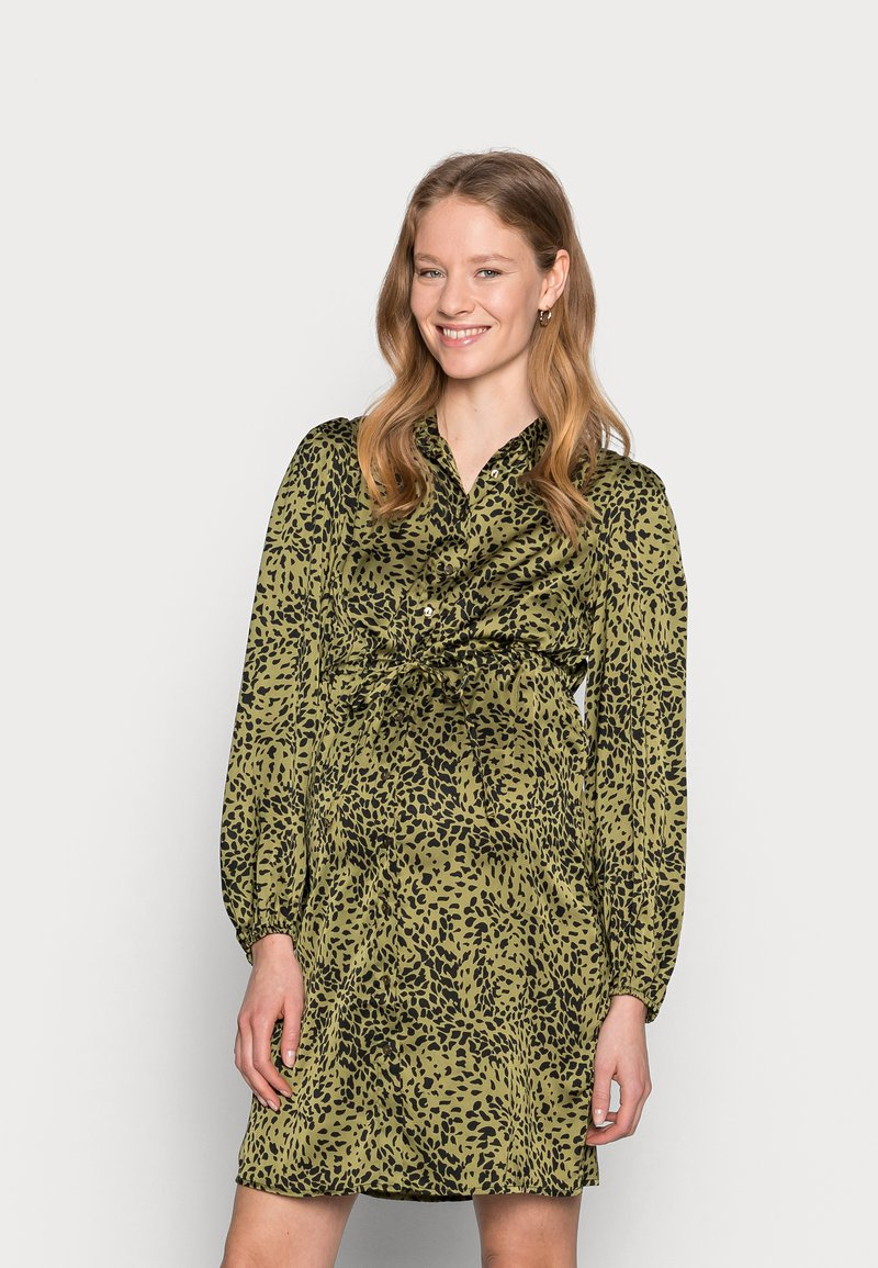 Pieces Maternity - PCMDANNI SHIRT DRESS - Shirt dress - black/olive