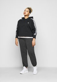 adidas Originals - CROPPED HOOD - Sweat à capuche - black - 1