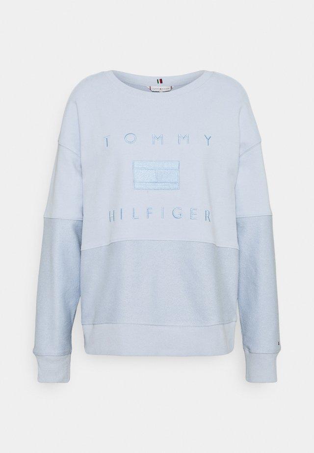 TONAL - Sweatshirt - breezy blue