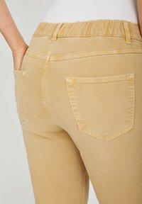 Angels - TAMA - Straight leg jeans - sand - 4