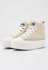 British Knights - KAYA MID - Sneakers hoog - beige / white - 1