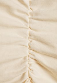 NA-KD - GATHERED SLEEVELESS DRESS - Jersey dress - light beige - 2