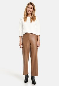 Gerry Weber - Leather trousers - toffee - 1