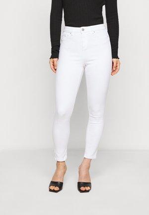 WHITE - Džíny Straight Fit - white