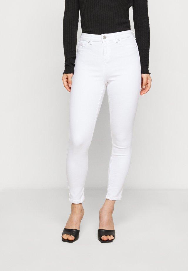 WHITE - Straight leg jeans - white