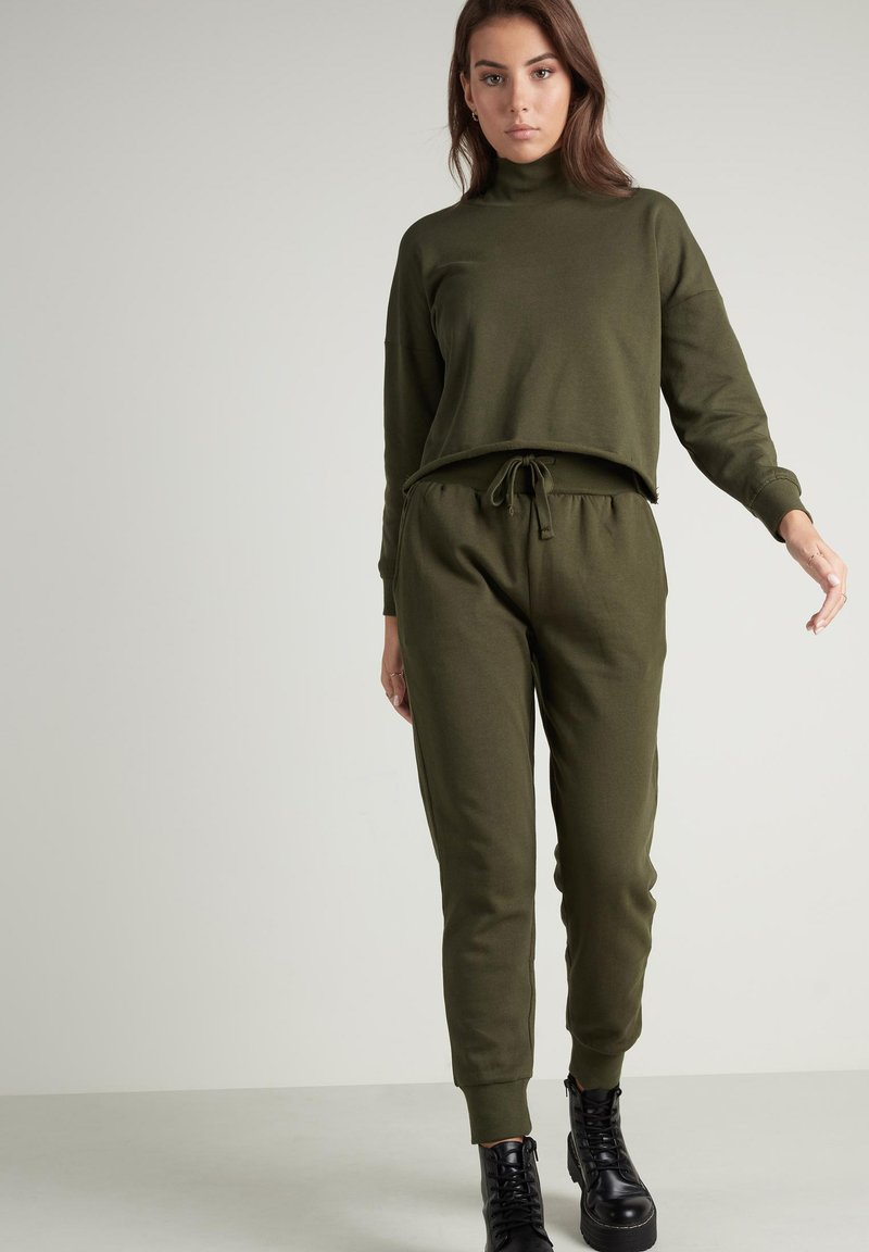 Tezenis - Tracksuit bottoms - eco green
