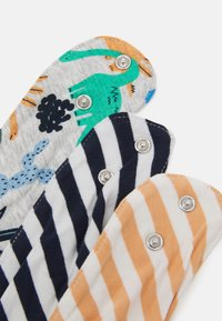 Cotton On - BANDANA BIB 3 PACK UNISEX - Ruokalappu - multicoloured - 3