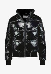Calvin Klein Jeans - SHINY PUFFER JACKET - Zimní bunda - black - 5