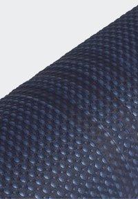 adidas Performance - YOGA MAT - Fitness/jóga - crew navy/alumina - 3