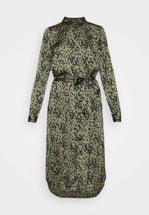 VMBECKY CALF DRESS - Abito a camicia - beech/becky