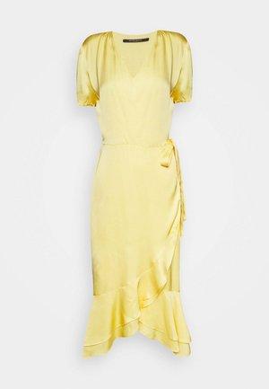 BAUME LENTE DRESS - Day dress - sunshine