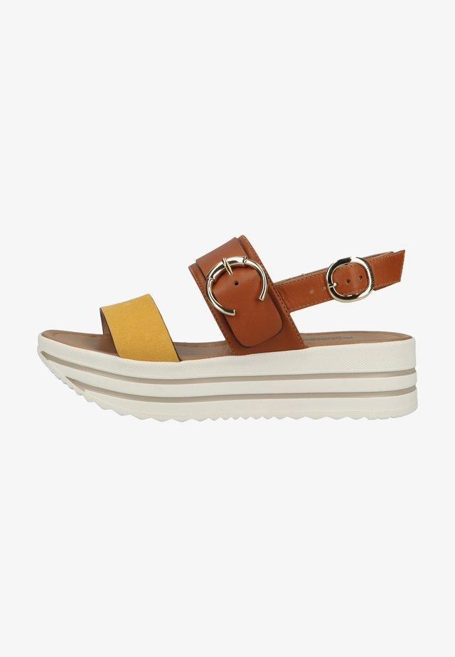 Sandalen met plateauzool - sole