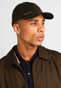 Barbour - PRESTBURY SPORTS CAP - Cap - olive - 1