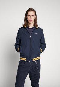 Jack & Jones - JORFLINT JACKET - Summer jacket - navy blazer - 0