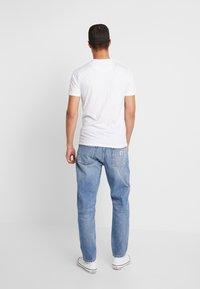 Carhartt WIP - NEWEL PANT MAITLAND - Džíny Relaxed Fit - blue worn bleached - 2