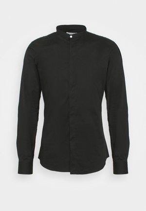 OLE - Shirt - black