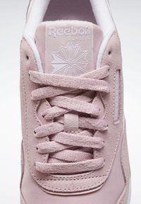 Reebok Classic - CLASSIC NYLON SHOES - Trainers - pink - 9