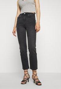 Gina Tricot - YLVA KICKFLARE  - Flared jeans - offblack - 0