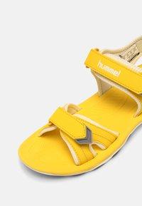 Hummel - SPORT UNISEX - Sandals - yellow - 6