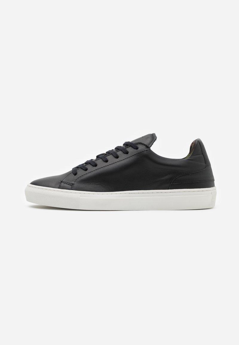 Walk London - GRADUATE  - Sneakers laag - nappa vegetal black