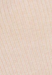 Even&Odd - JUMPER DRESS - Pouzdrové šaty - light tan melange - 2
