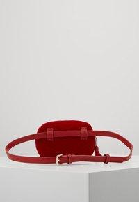Valentino Bags - CARILLON - Rumpetaske - rosso - 1