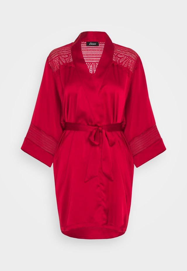KARMA DESHABILLE - Peignoir - rouge