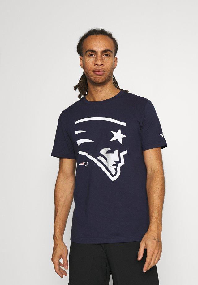 NFL NEW ENGLAND PATRIOTS REVEAL GRAPHIC - Klubové oblečení - navy