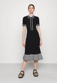 KARL LAGERFELD - FLAIR DRESS - Sukienka dzianinowa - black - 0