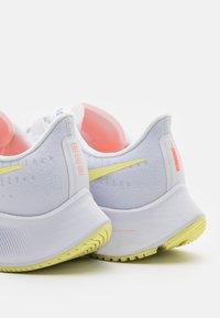 Nike Performance - AIR ZOOM PEGASUS 37 - Neutral running shoes - white/light zitron/bright mango - 5