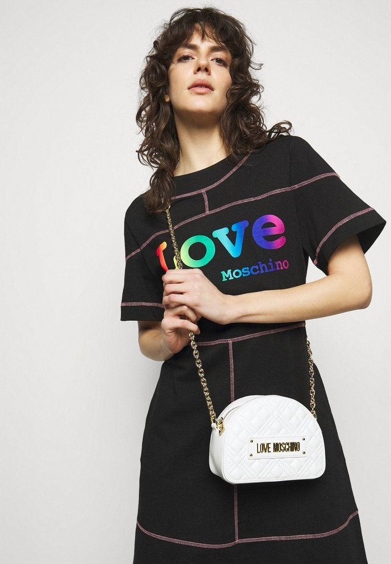 Love Moschino - QUILTED SOFT - Across body bag - bianco