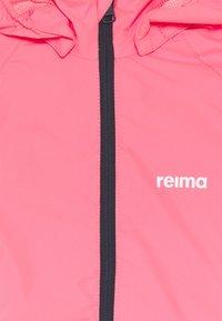Reima - FISKARE JACKET - Vodotěsná bunda - neon pink - 3