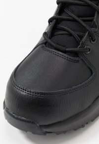 Nike Sportswear - MANOA '17 - Sneakersy wysokie - black - 2