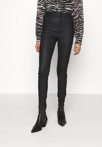 COATED LIFT AND SHAPE  - Jeans Skinny Fit - black