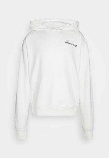 Sweatshirt - cream