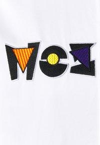 MOSCHINO - LONG JACKET - Bomber bunda - white - 7