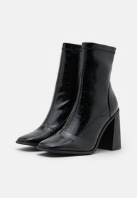 River Island - High heeled ankle boots - black - 2