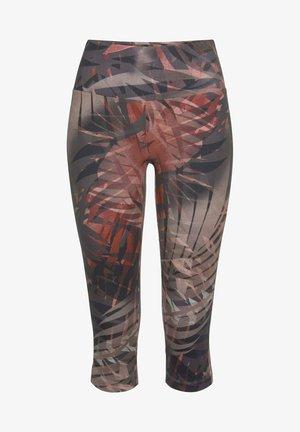 3/4 sports trousers - braun